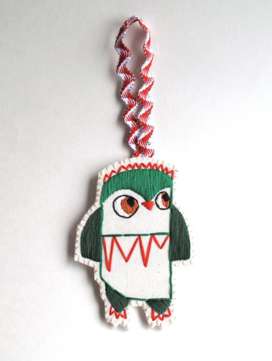 Christmas owl / An Astrid Endeavor