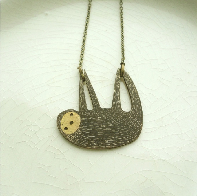 Sloth necklace by Anna Tverdokhlebova8