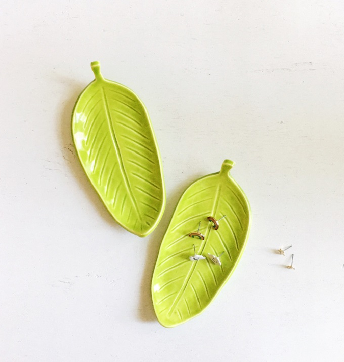 Banana Leaf Ring Dish - The Pottery Lodge