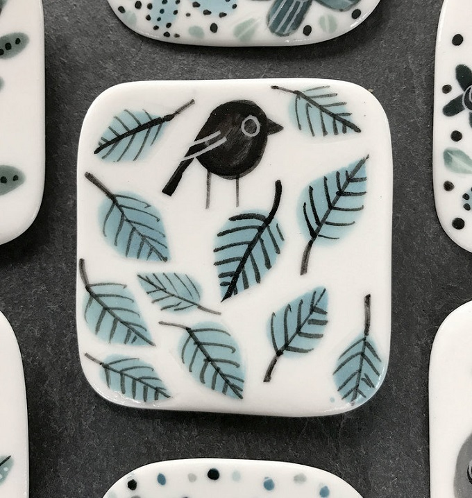 Bird on Leaves Brooch - Karen Risby