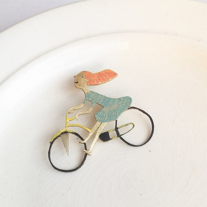 Brass pin-brooch by Breadcrumbs Craft