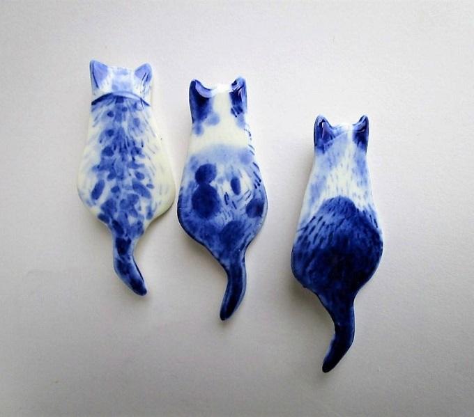 Delft Porcelain Brooch - Harriet Damave