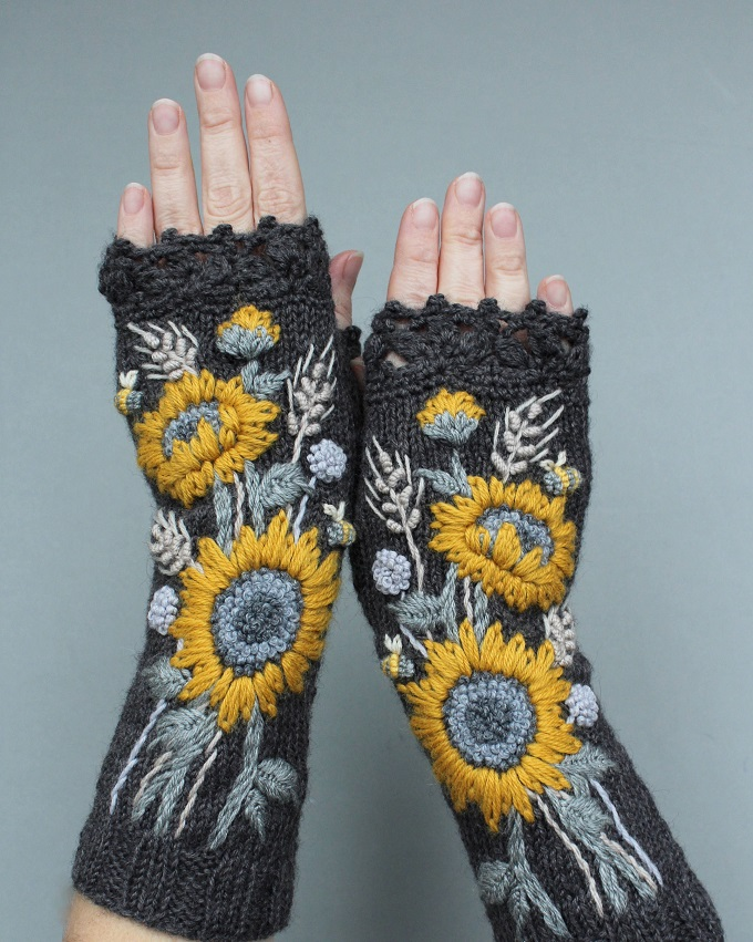 Fingerless Gloves - NB Gloves and Mittens