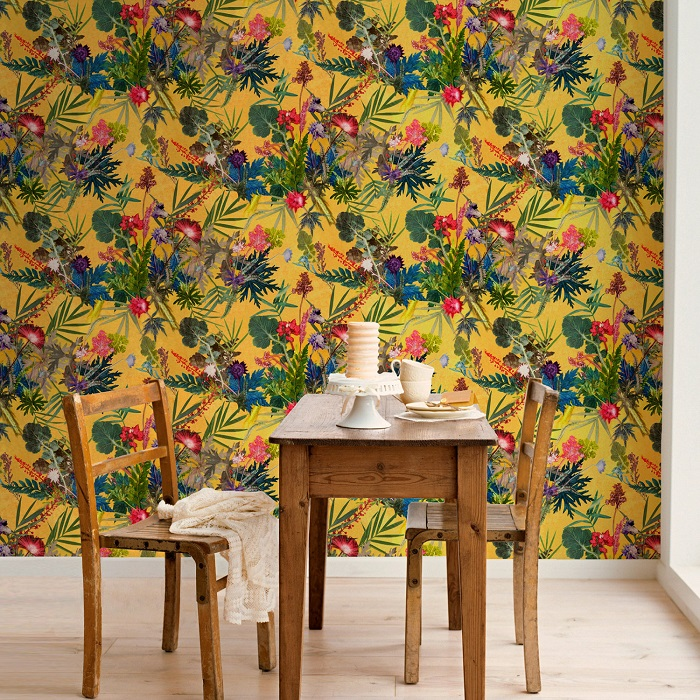 Floral Botanical Wallpaper / Gillian Arnold