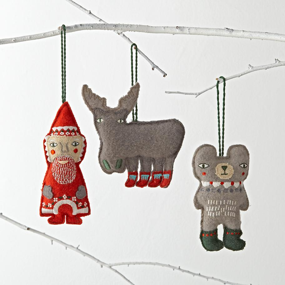 Holiday Helper Ornaments / Donna Wilson
