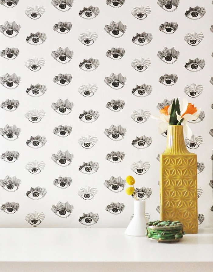 Bright Eyes Wallpaper / Kate Zaremba