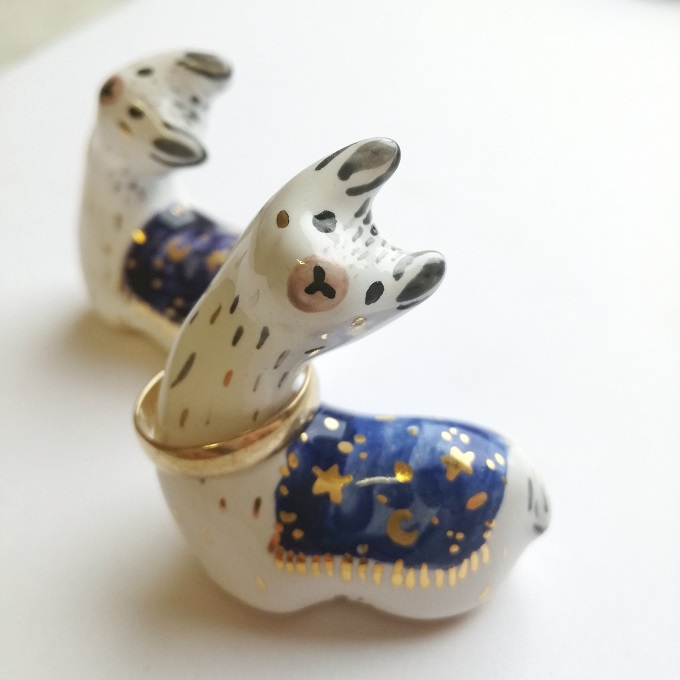 Llama Ring Holder - Mrs Bisquit