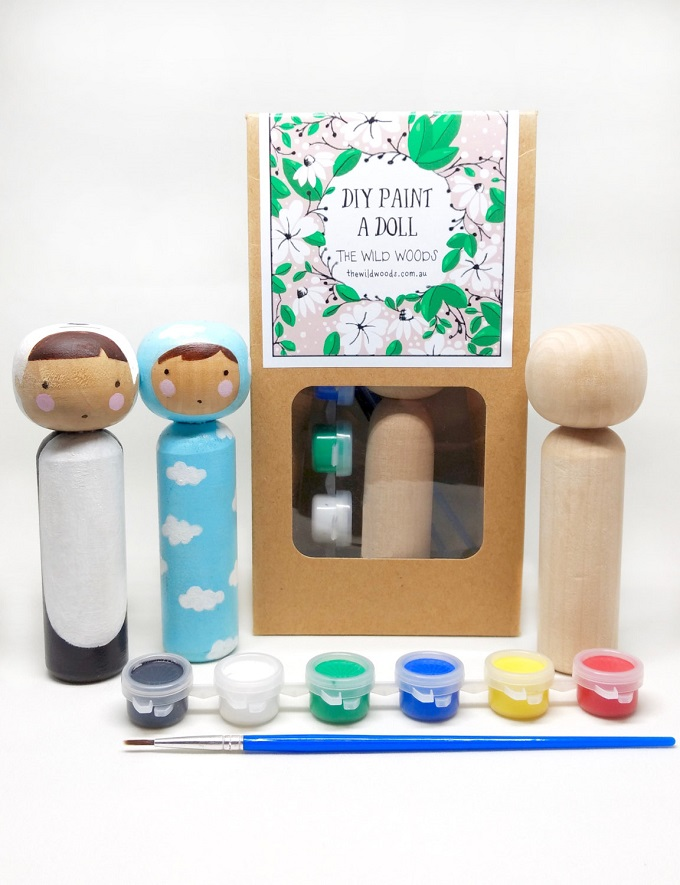 Doll Kit / Nayana Iliffe