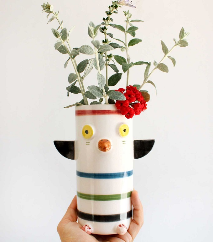 Totem planter by Noe Marin