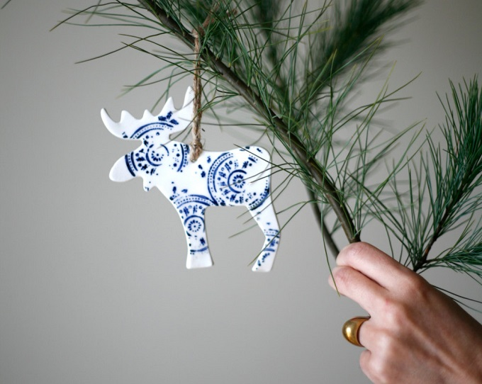 Porcelain Moose Ornament - Artetmanufacture