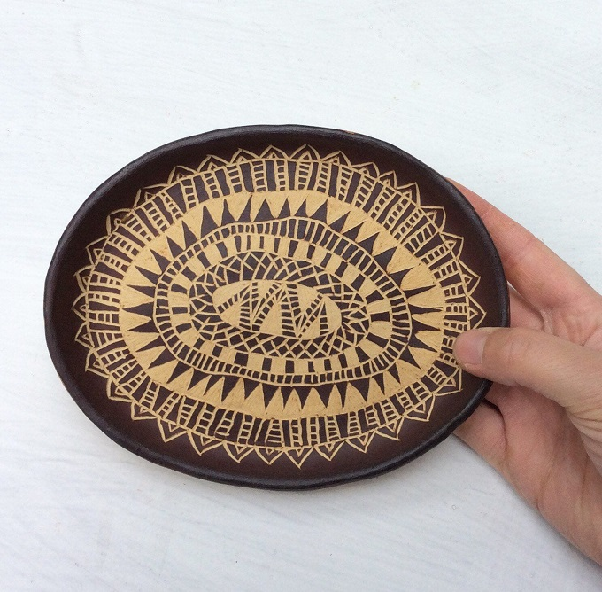 Tribal Dish by Seisko Ceramics
