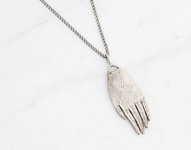Silver Hand Amulet Necklace - Datter