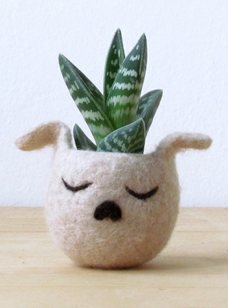 Succulent Dog Planter - The Yarn Kitchen