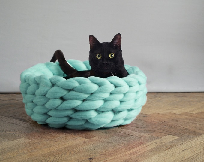 Super Lush Pet Bed - Ohhio