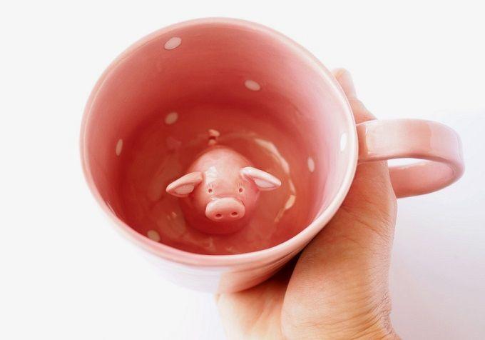 Surprise Pig Cup - Tramai Ceramics