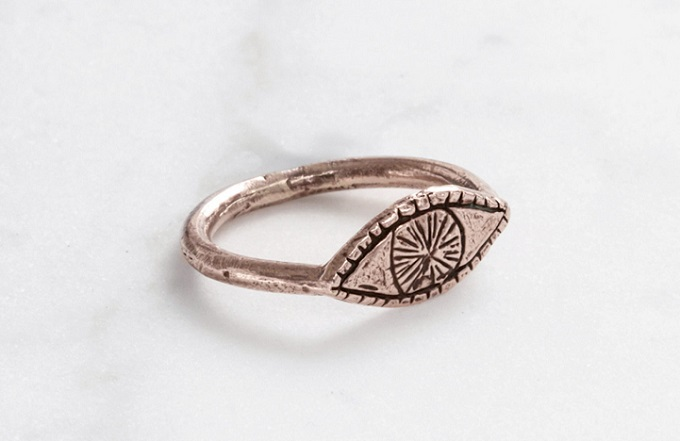 Watchful Eye 9kt rose, yellow, or white gold ring - Datter